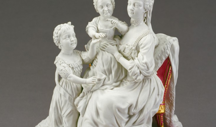 Queen Charlotte and daughters, Chelsea-Derby Porcelain c1773, Royal Collection Trust © Her Majesty Queen Elizabeth II 2017
