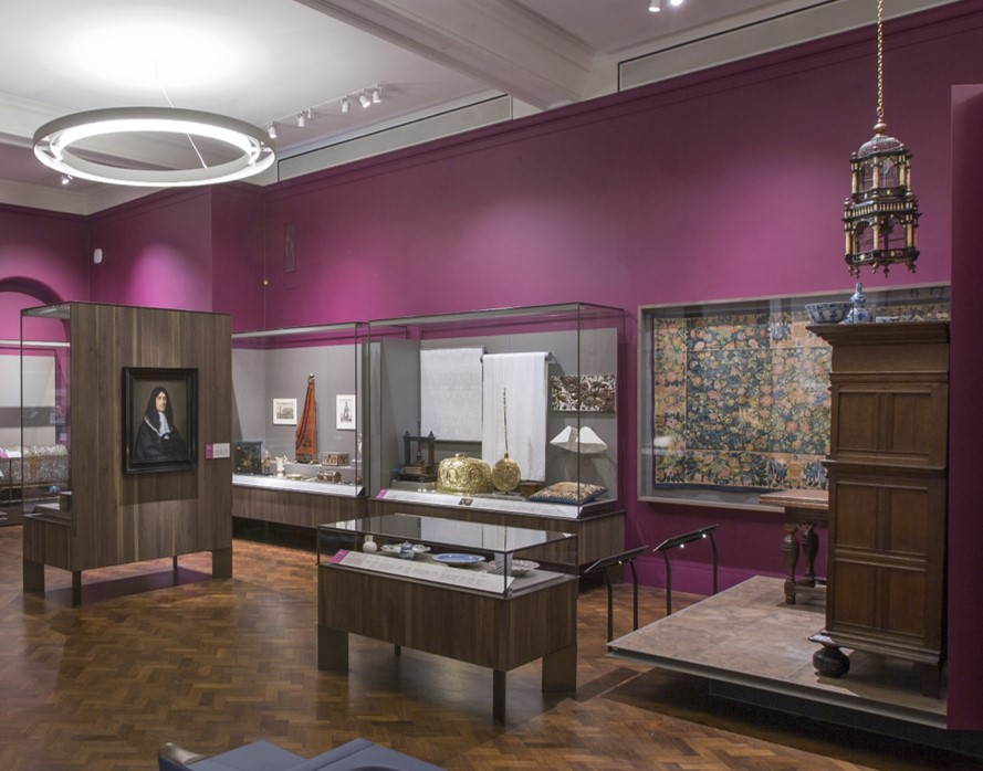The Dutch Domesticity display in Gallery 7 of the Europe 1600-1815 Galleries, 2016. © Victoria and Albert Museum, London