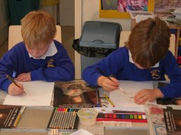 'Let's face it' workshop 2007. Children at Key Stage 1 working on self-portrait drawings, inspired by a discussion of Zoffany's Queen Charlotte. © The Holburne Museum of Art
