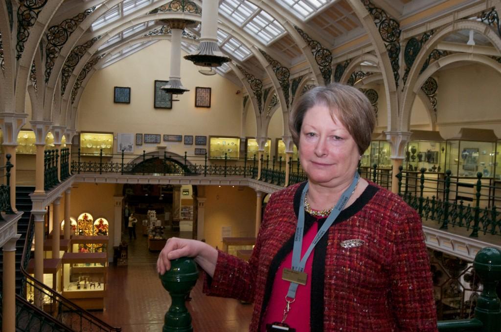 Dr Ellen McAdam