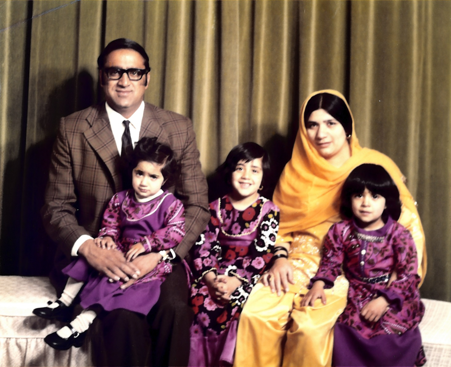 The Hanif family in 1975. Redding collection, Rugby Art Gallery and Museum.