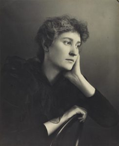 Effie Stillman (1872-1911), sculptor, by Eveleen Myers (née Tennant), platinum print, 1890s © National Portrait Gallery, London
